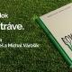 Kniha Rovno v tráve